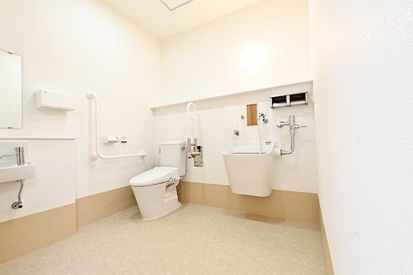 1F多機能トイレ